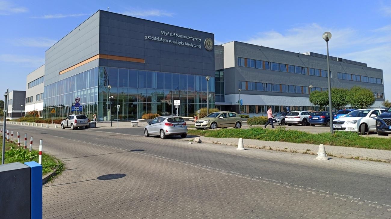 Wydział Farmaceutyczny Uniwersytetu Medycznego Wrocław Krzyki ul.Borowska